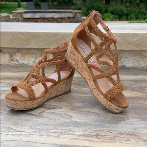 Steve Madden girl brown wedge sandal